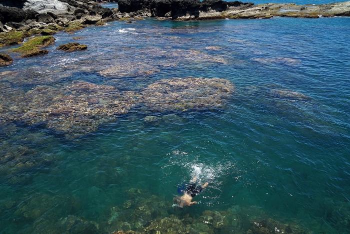 [花蓮豐濱景點]石梯坪-花蓮絕美海景 浮潛、野餐、石梯坪露營 夏天就是要到海邊玩水唷  台11線東海岸美景就在這 @跳躍的宅男