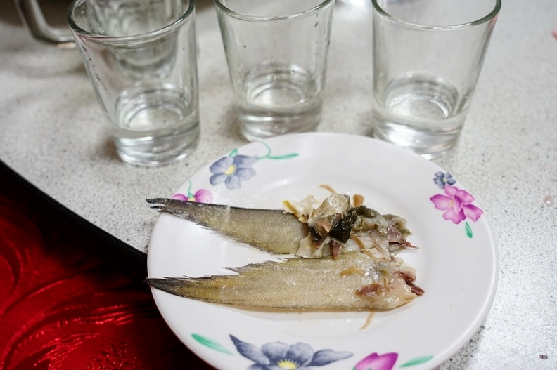 金門喝酒文化 雞頭魚尾 不要輕易嘗試XD   仟湖餐廳-午仔魚居然可以這麼大?!  來看明朝那些事兒的北門明遺古街 金門美食金門景點 @跳躍的宅男