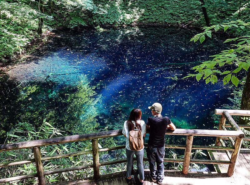 [日本青森景點]翠綠山林中璀璨的藍寶石,從此記下妳眼中那抹蔚藍 白神山地十二湖 青池 @跳躍的宅男