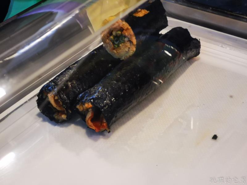 [花蓮吉安美食]오빠小食堂-韓國夫妻在停車場賣辣炒年糕、魚板、韓國飯捲 還有重量級套餐可以選喲  韓國人在花蓮喲 花蓮韓式料理