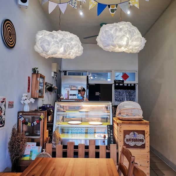[花蓮甜點]Artemion's bakeshop蛋糕小賣所-海龜泡芙真可愛 無花果蛋糕捲 不定期更換菜單 務必查看營業時間 花蓮文創旁
