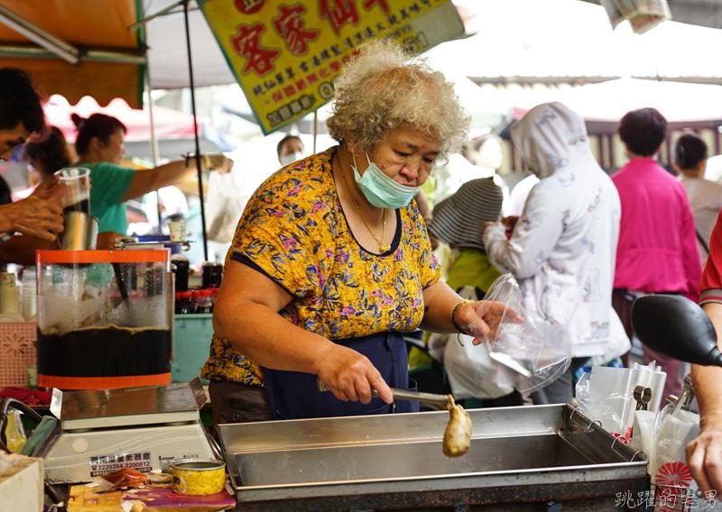 今日熱門文章:[台南鴨母寮市場美食]阿婆糯米腸- 根本就是S的腸衣塞進XL的花生糯米腸 古早滋味嚼勁好 愛吃糯米腸不能錯過 台南小吃 台南美食