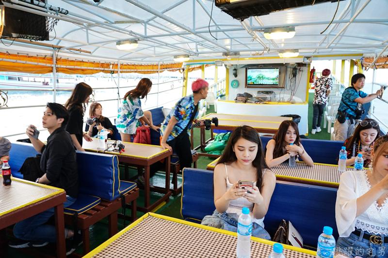 [影片]泰國芭達雅新玩法!  豪華泳池別墅享受漂流早餐  千萬遊艇浮潛玩水吃烤肉  海上絕美夕陽 煙火閃亮整個夜空 Spark Pattaya夜店感受芭達雅夜晚的魅力  泰國旅遊 芭達雅旅遊