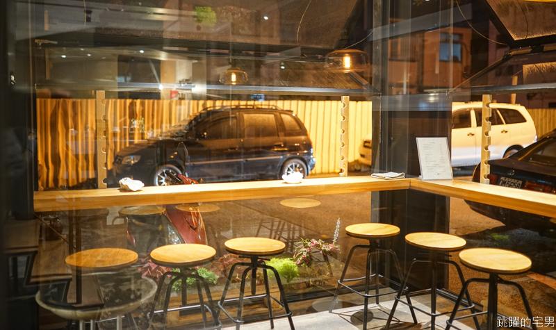 Cafe Copita 花蓮深夜咖啡廳 寧靜舒適空間 讓人無法忘記的熱可可&氮氣茶  花蓮夜晚的小確幸