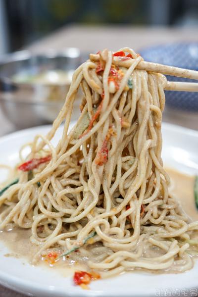 [花蓮美食]宵記涼麵-愛吃清爽型控肉飯可以選這間  中午 晚上都有提供  提供外送 民國路新店