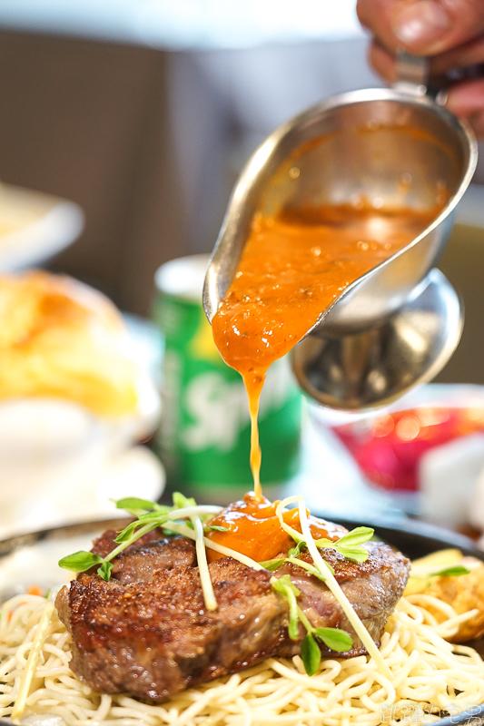 [台東池上美食] 平價牛排自助吧不限時吃到飽 用餐環境輕鬆舒適  聊天聚會很適合-新哥平價牛排
