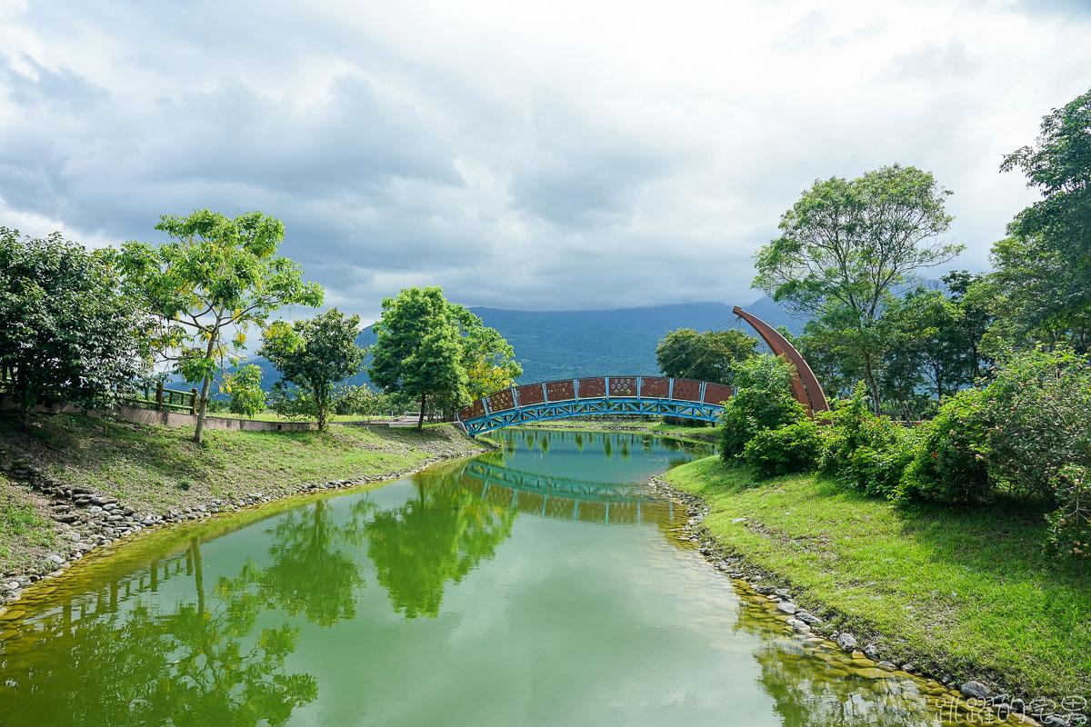 [花蓮瑞穗旅遊]富興森林公園 搭乘富興小火車遊憩森林與鳳梨田之間  整顆鳳梨刨冰好吃又有特色!