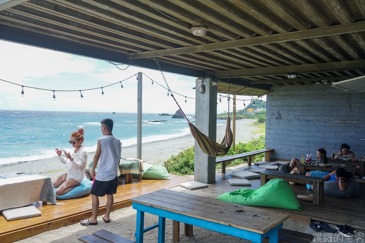 蘭嶼餐酒館 夜晚與白天不同美  蘭嶼旅人Rover 白天享受蘭嶼絕美海景早午餐 晚上享受慵懶氛圍BAR 蘭嶼酒吧推薦