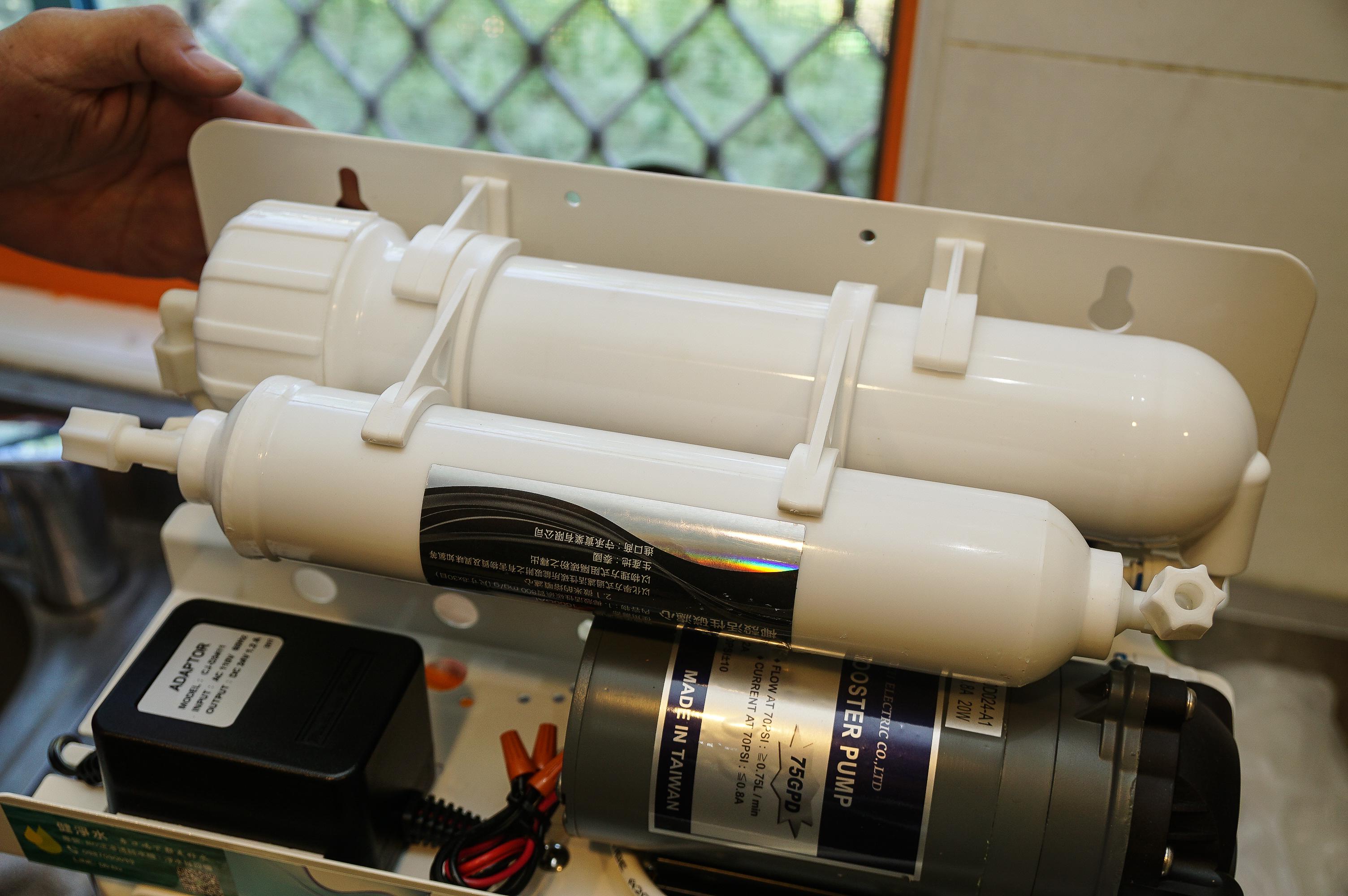 [花蓮淨水器推薦]健淨水- 如何選擇淨水器 過濾石灰質要買哪種濾水器  高C/P值淨水器推薦 定型化契約提供保固  客制化設計  咖啡廳的秘密武器
