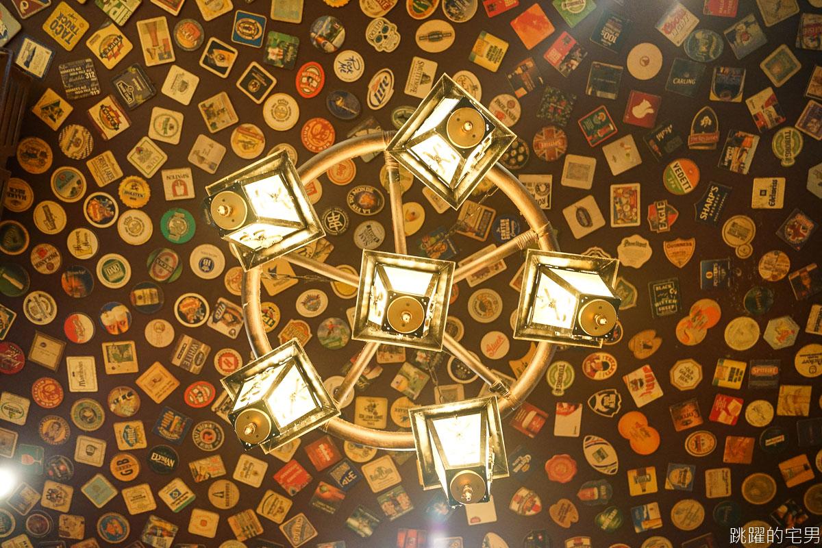 [中山國小站美食]綠門Green Door bar-台北最好吃的炸雞!! 台式炸雞中還有秘密武器! 炒蛤仔加辣超迷人 台北最老酒吧  綠門酒吧菜單2020  台北炸雞推薦 台北酒吧推薦 中山區美食