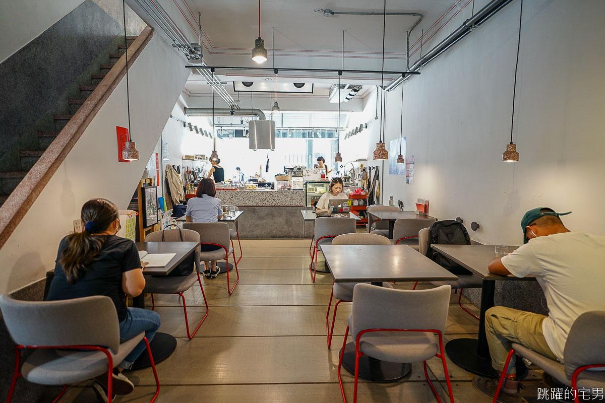 鬧咖啡 NOW coffee 一次滿足三個願望 不只是台北工作咖啡廳  老宅咖啡廳  更是複合式藝文空間 台北不限時有插座咖啡廳  中正區咖啡廳