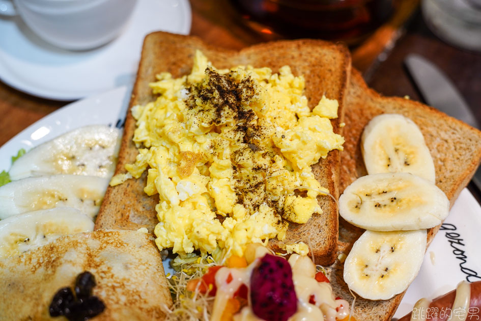 [花蓮甜點]荷蘭雅妮鬆餅屋-荷蘭人開的鬆餅屋 酥脆口感令人難忘  早午餐也好吃 提供荷蘭傳統服飾體驗 無障礙空間餐廳 花蓮美食 花蓮早午餐