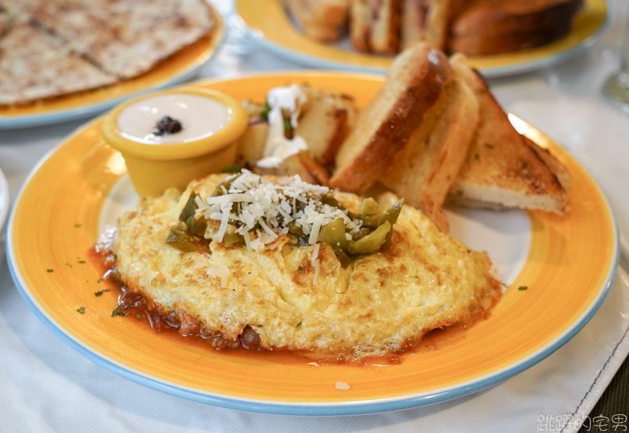 [花蓮美食]Country Mother's鄉村媽媽-最早開的花蓮早午餐 墨西哥蛋捲 熱牛肉培根三明治 配上芒果優格超對味  花蓮早午餐 鄉村媽媽菜單