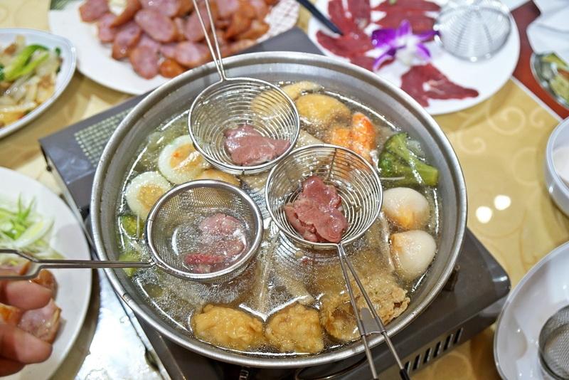 [台北捷運南港站]爽牛台南清燙牛肉湯-在台北就可以吃到每日直送現宰牛肉 而且還有鮮牛肉個人火鍋  溫體牛肉一吃過就回不去了啦 @跳躍的宅男