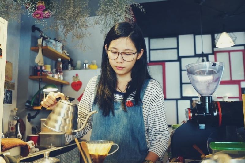 [花蓮市]安安咖啡-莊園單品咖啡 甜點 還會不定期舉辦音樂活動唷 @跳躍的宅男