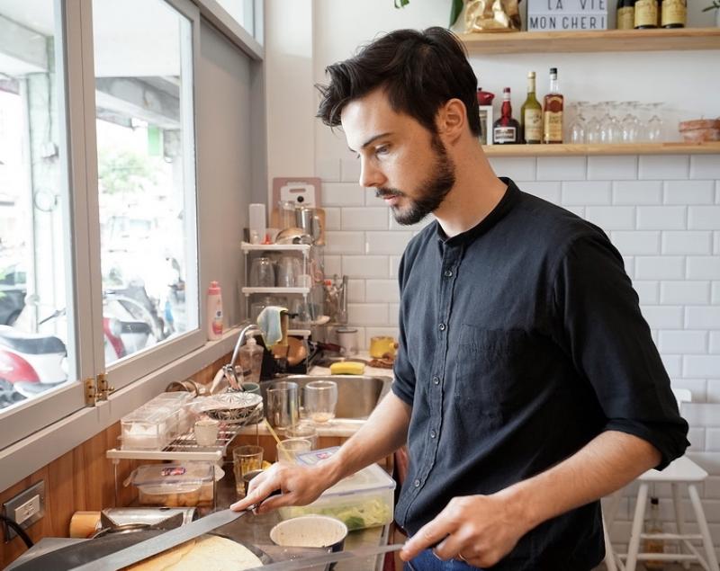 [花蓮美食]OH LA LA法式薄餅家常菜-來自巴黎高顏值法國老闆,除了甜食之外 還有法國家常菜可以吃唷 環境典雅又舒服 花蓮約會餐廳推薦 @跳躍的宅男