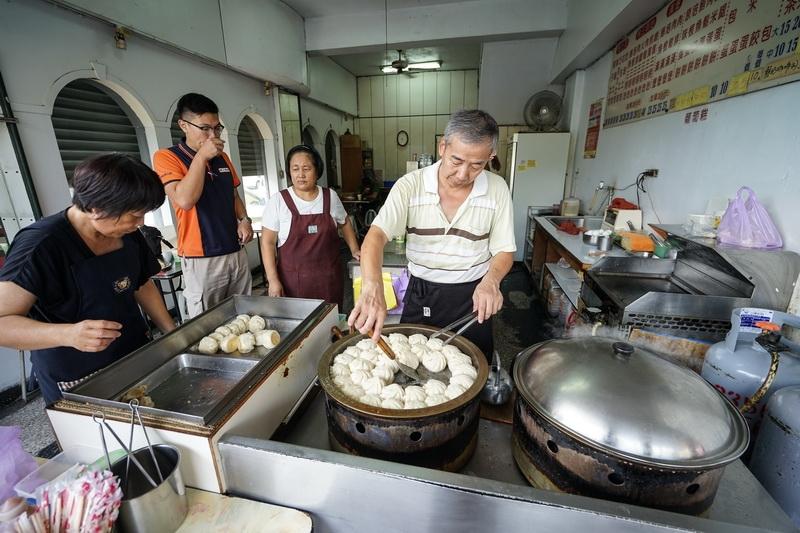 [花蓮早餐]國聯中西式早餐-鄰近花蓮火車站 煎餃我喜歡 @跳躍的宅男